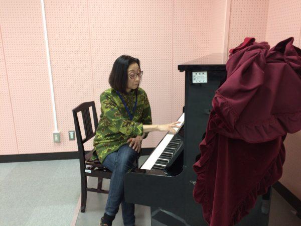 ピアノの音にしっかりあわせて!